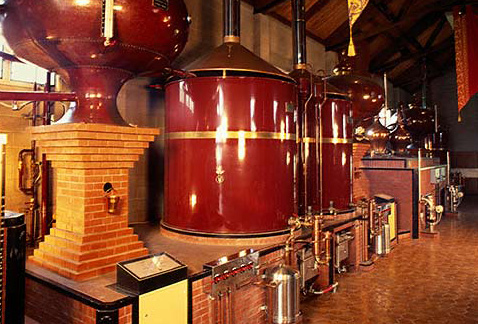 Производство бренди - Still-House of Carneros Alambic Brandy Distillery, Napa, California